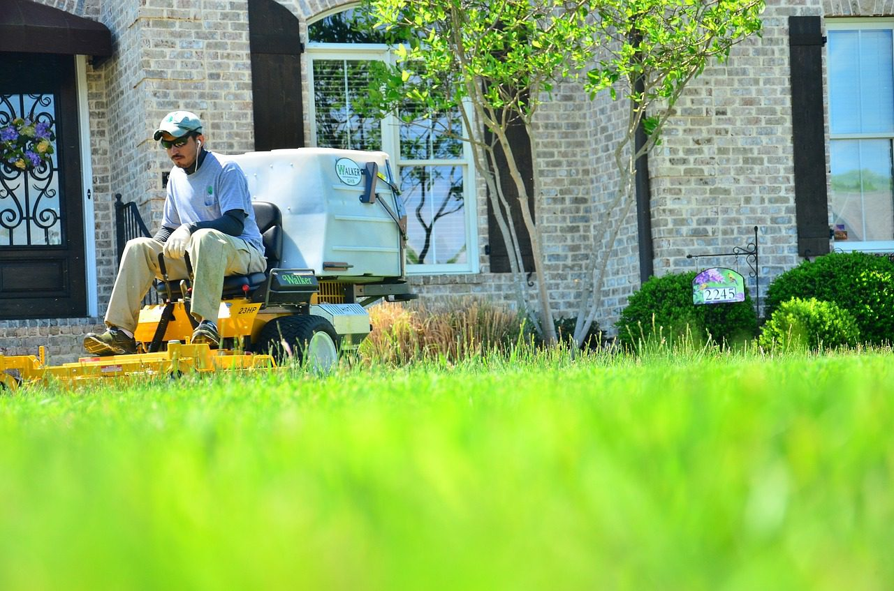 Is your landscaper or that deck builder insured? Does it Matter?