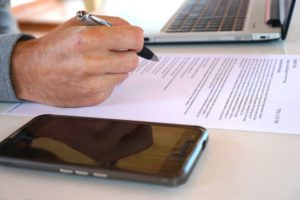 Blog-What is Renter's Insurance and Why Do You Need It-Signing An Agreement