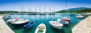 Header-Boats-in-Marina-Mountain