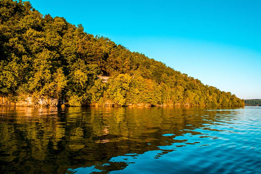 Camdenton MO - View of Lake of the Ozarks in Camdenton Missouri