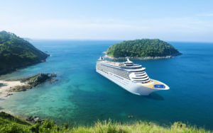 Work with cruise lines having the right tour insurance