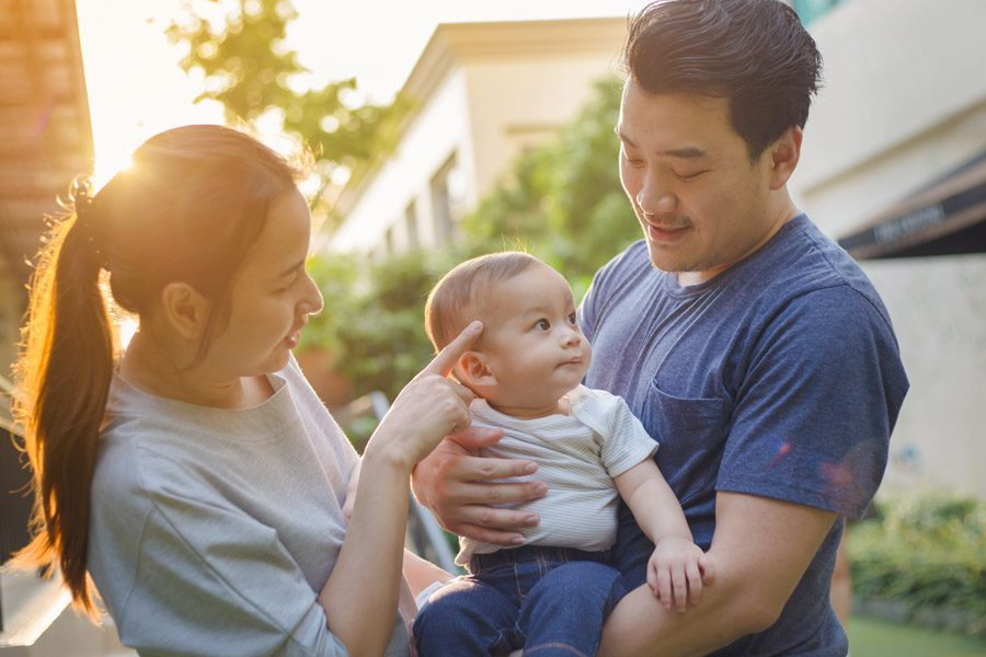 Header - Personal Insurance Family with Baby