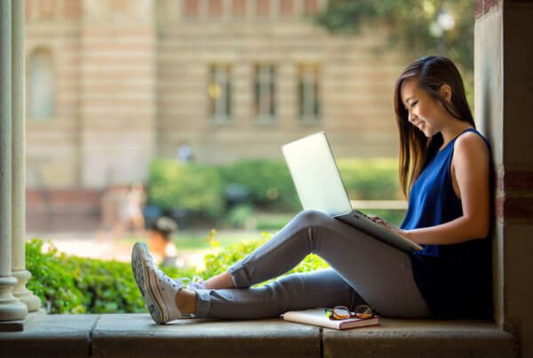 Girl-on-Laptop-at-College