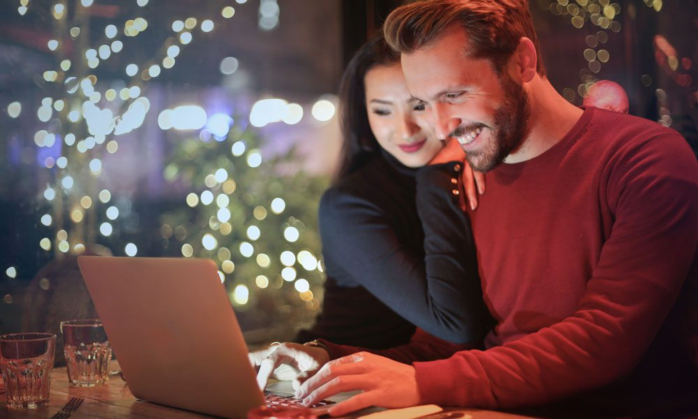 Blog - Cybersecurity Tips for Online Shopping During the Holidays
