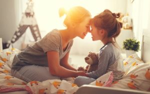 Header-Daughter-and-Mom