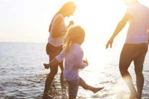 Header - Personal Insurance Family in the Ocean