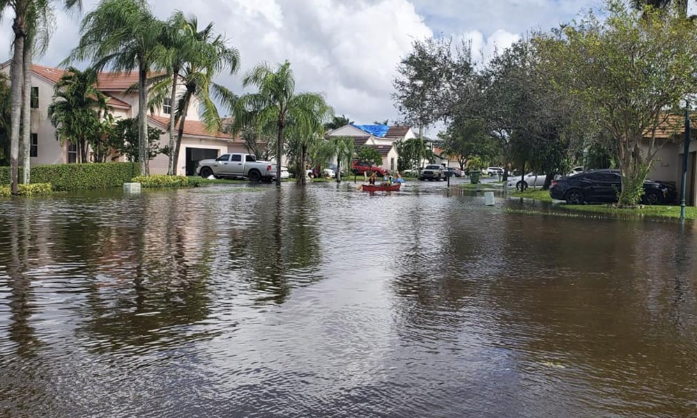 Blog-Tropical Storm ETA - The Importance of Flood Insurance-Outdoor Street Flooding