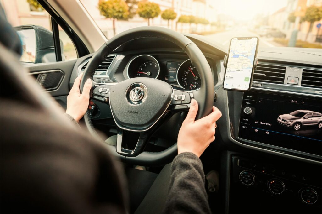Laws on Hands Free Driving