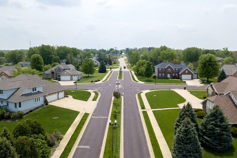 Roselle, IL - View of a Small Suburban Community with Luxury Homes Surrounded by Greenery in Roselle Illinois